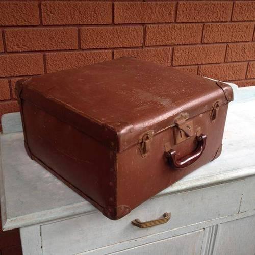 Vintage Retro Brown Hardshell Globite Travel Suitcase Storage Case Shabby Chic