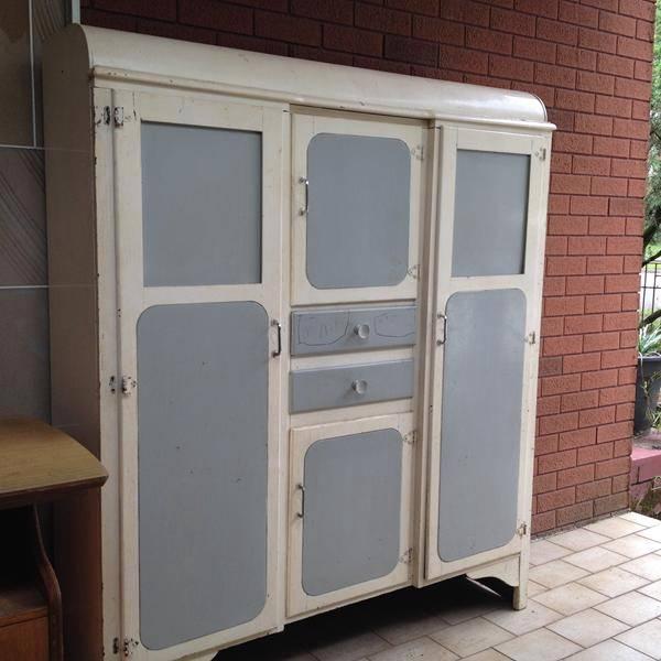 Vintage Rustic Retro Kitchen Larder Cupboard Cabinet Shelfs Drawers Chic Deco