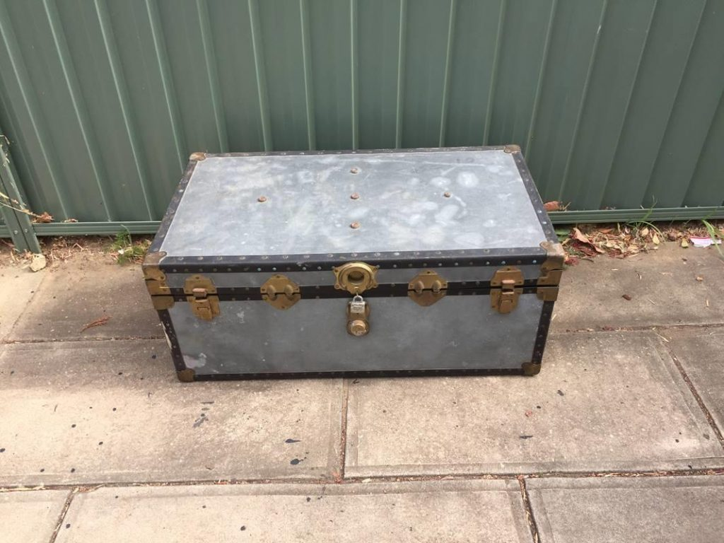 Pleasant Vintage Industrial Shipping Trunk Steamer Chest Coffee Table Pdpeps Interior Chair Design Pdpepsorg